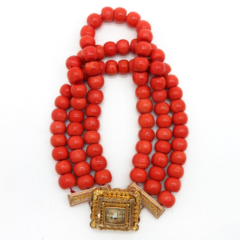 19th Century Red Coral Necklace on 14KG Clasp