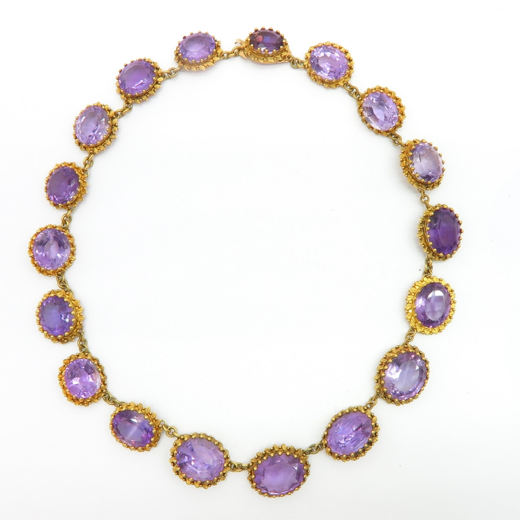 Beautiful 18KG Necklace Set with Large Amethyst
