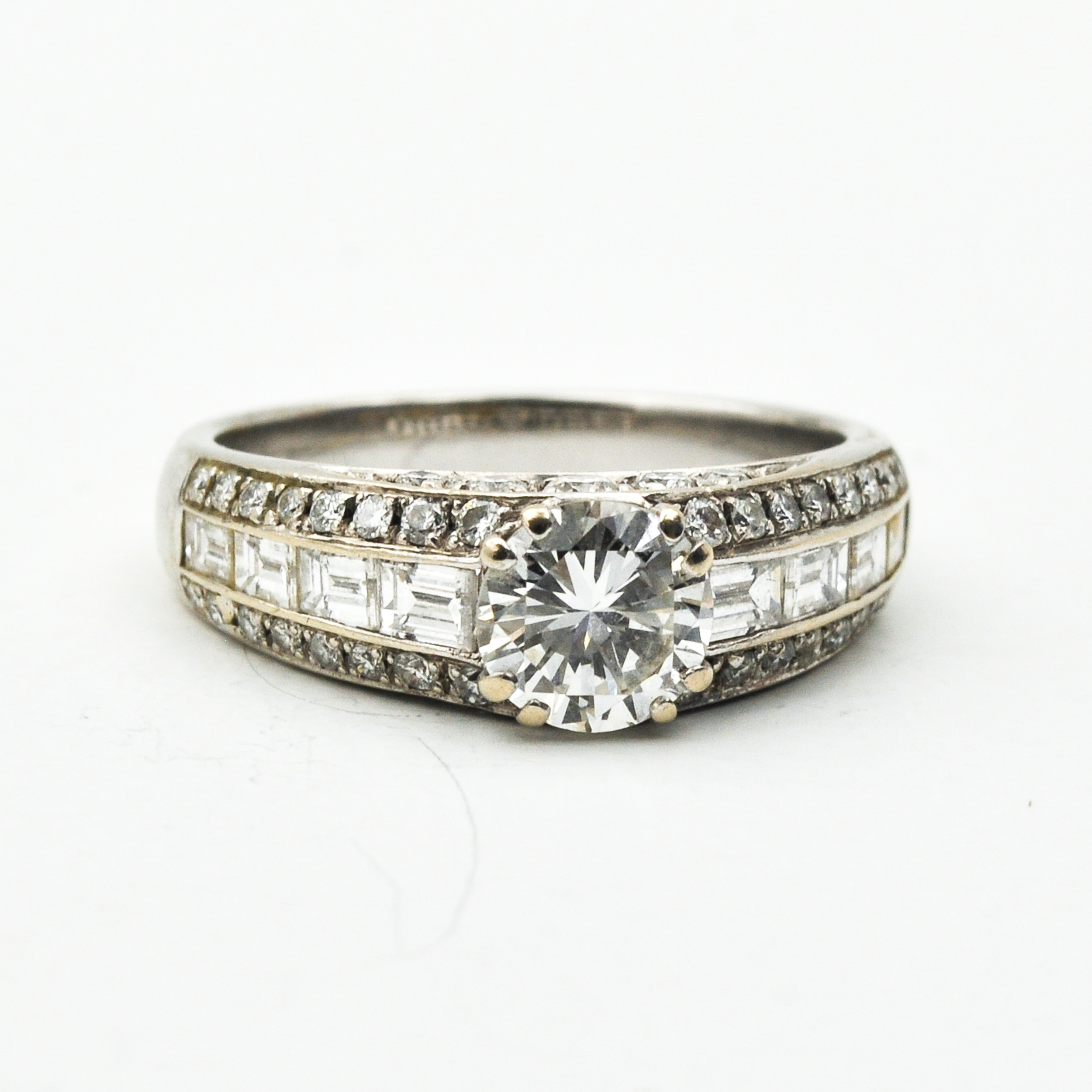 A Ladies Picchiotti 18KG and Diamond Ring