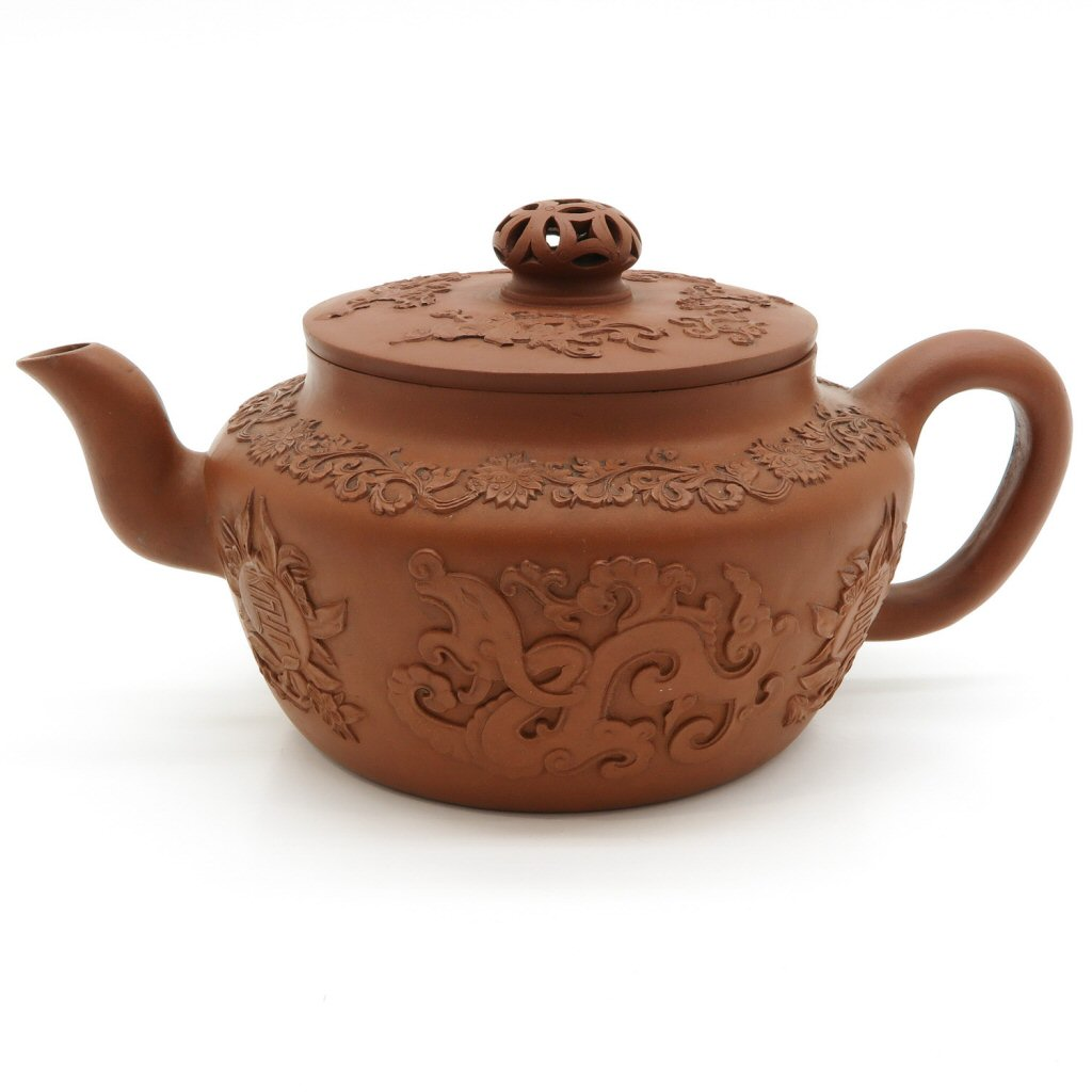 Exceptionaly Large 18th Century Yixing Teapot